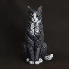 Cat - Sitting (Black & White)